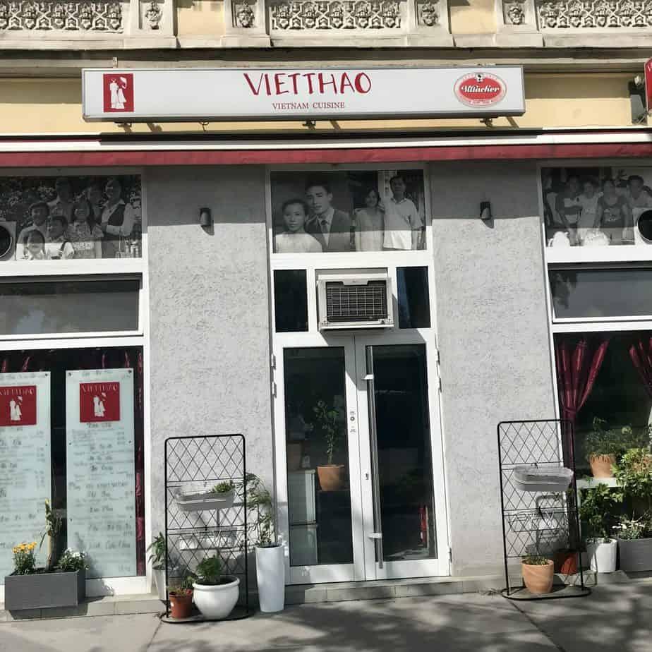 Eingang Vietthao, Vietnamesisches Restaurant am Karlsplatz