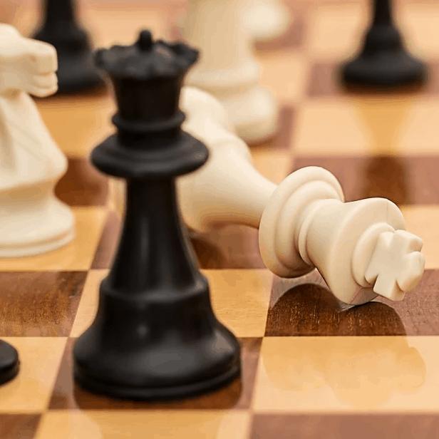 2 Schachfiguren