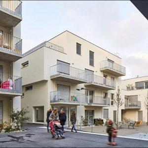 Sophie & Peter Thalbauer Architektur, Thaler Thaler Architekten, Alfred Charamza: Wohnbau MGG22, 2020; Freiraumplanung: rajek barosch landschaftsarchitektur © Foto: Manfred Seidl
